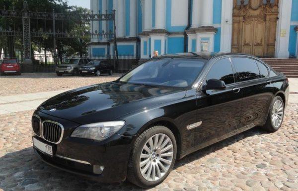 BMW 750 F02 Li