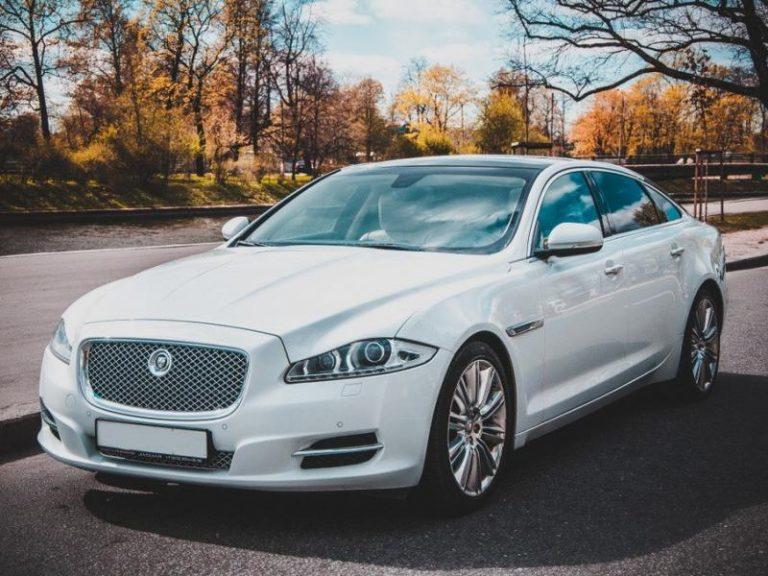Jaguar XJ Long белый