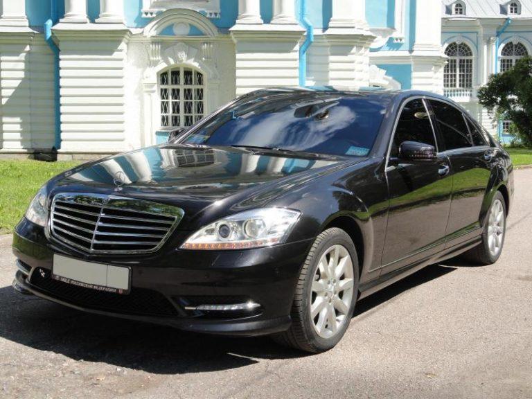 Mercedes-Benz w221 черный