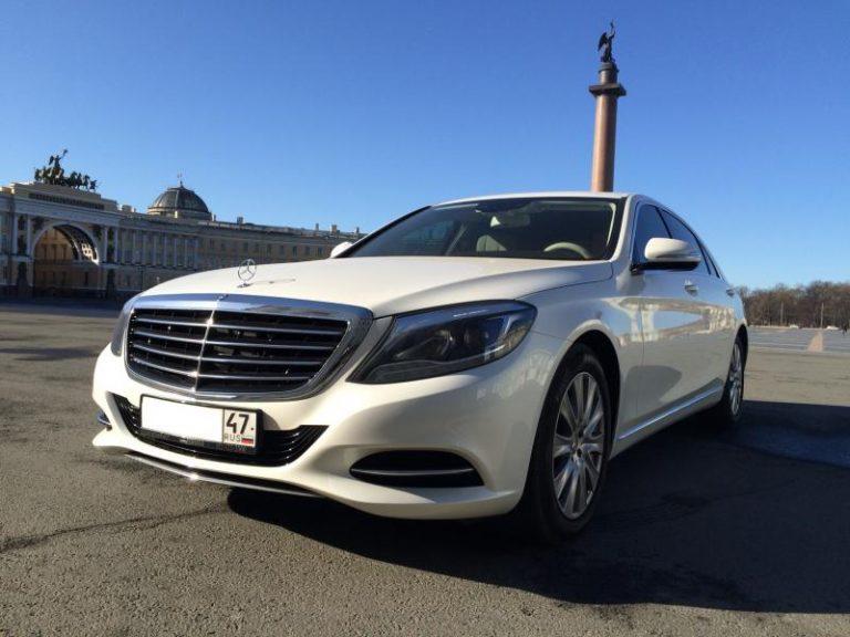 Mercedes-Benz w222 белый