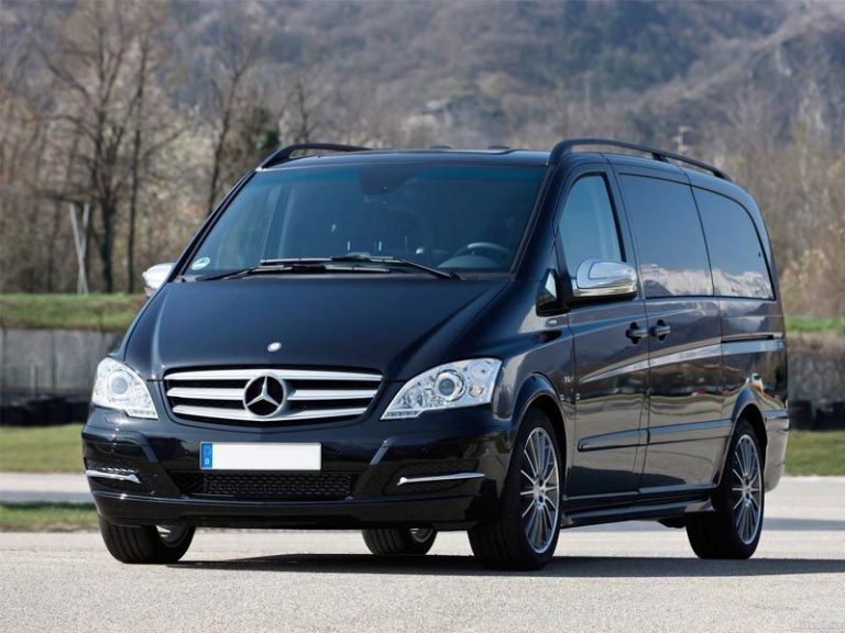 Mercedes-Benz Viano автобус 6 мест