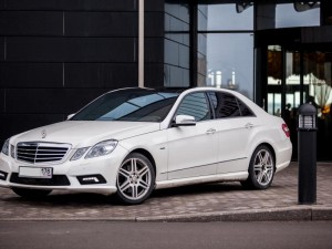 mercedes-benz-w212-white1