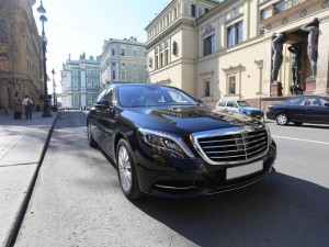 mercedes-benz-w222-black1